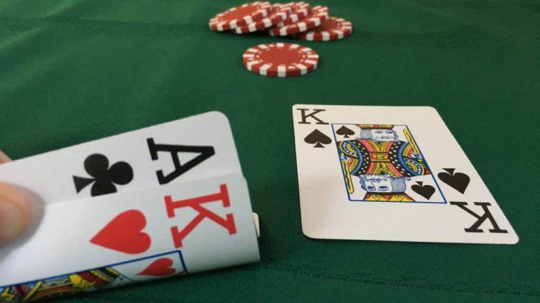 Tips Menang Terus Main Judi Poker Online Terpercaya